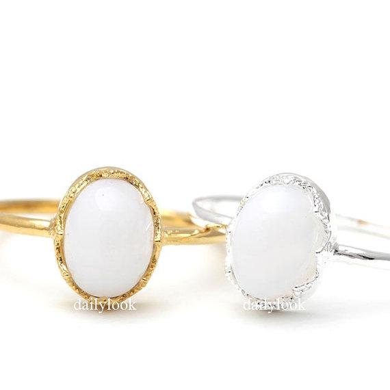Свадьба - moon stone ring, moon stone, eternity ring, woman ring, bridesmaid ring, minimalist, wedding ring, white moon stone ring, bridesmaid jewelry