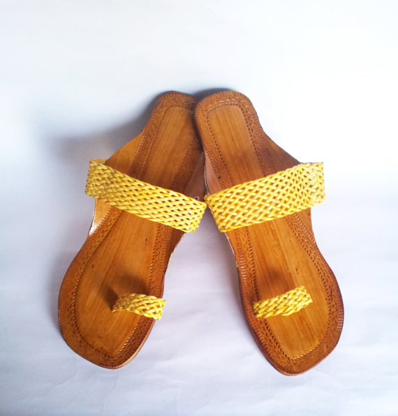 Mariage - Us Size 9/Yellow Leather Sandals/Flip Flops/Summer shoes/Beach Wedding Shoes/Women Flats/Flat Sandals/Strap Sandals