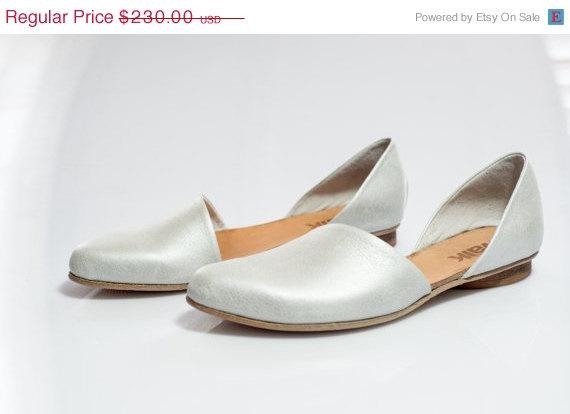 زفاف - 20% OFF SALE Silver sandals, silver leather flats