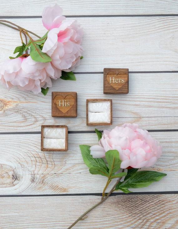 Mariage - His and hers set of ring bearer boxes - rustic vintage weddings