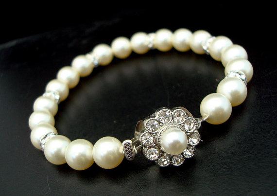 Mariage - Bridal Wedding Pearl Bracelet, Ivory or White Pearls,Pearl Rhinestone Bracelet,Bridal Cuff,Bridal Rhinestone Bracelet,Bridal Jewelry, ANETTE