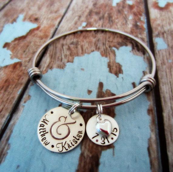 زفاف - Wedding Date Bracelet-Wedding Date Charm Bracelet-Personalized Wedding Date Jewelry-Bridal Shower Gift-Gift for Bride to Be