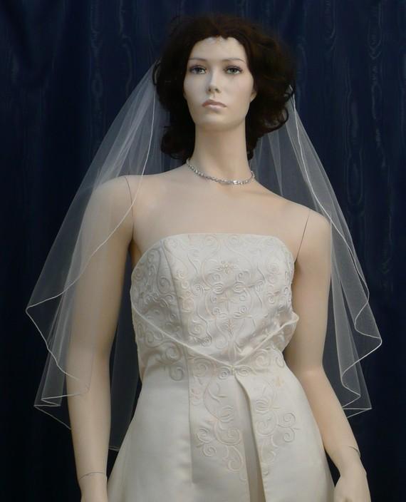 زفاف - wedding veils bridal veil Fingertip length Cascading Petal  Cut  finished with a delicate pencil edge