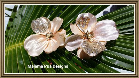 Mariage - SILK HAIR FLOWERS, Headpiece, Champagne gold hair pins, Swarovski pearls, Bridal, Hawaiian, Hair Accessory, Beach Wedding Hair Pins, clip