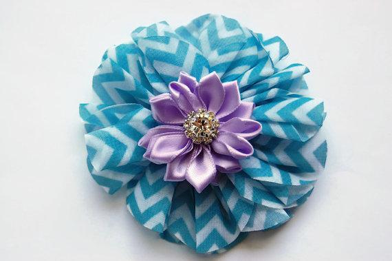 زفاف - Dog collar flowers. Dog accessory, Blue chevron, pet, dog collar, dog collar bling, collar Flower, Wedding Dog Flower, Bows for Dog, Dog Bow