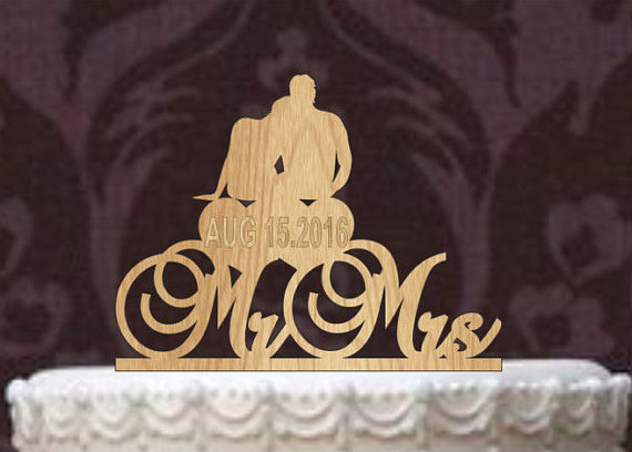 Свадьба - Rustic Wedding Cake Topper, Personalized Cake Topper, Funny wedding cake topper, silhouette wedding cake topper, custom cake topper, deer