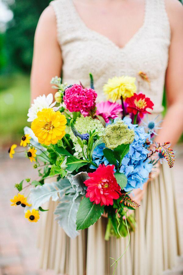 Hochzeit - 23 Gorgeous Wildflower-Inspired Bouquets