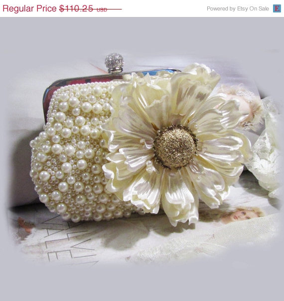 زفاف - Bridal clutch, Unique Crystal bridal clutch, bridesmaids Victorian evening bag, Ivory clutch, wedding clutch