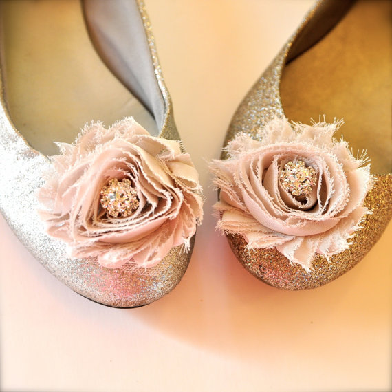 Свадьба - New color buff champagne blossom shoe clips with rhinestone centers.  70 colors available.