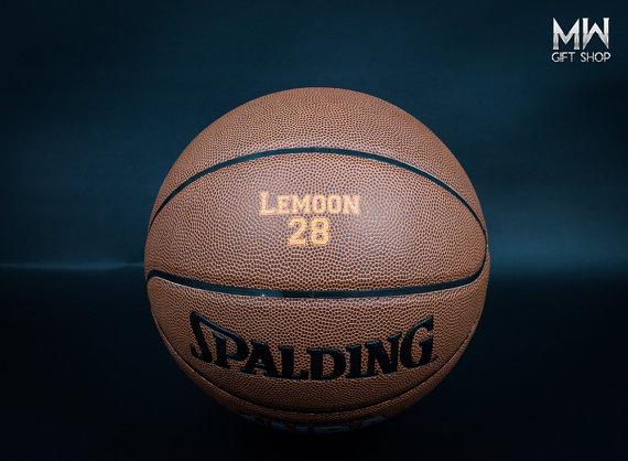 Свадьба - Personalized Basketball, Custom Basketball, Groomsmen Gift, High Shcool Basketball, College Basketball, Birthday Gift, Holiday Gift.