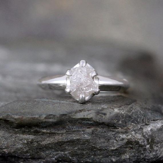 Mariage - Raw Diamond Engagement Ring - Uncut Rough Diamond - Conflict Free Diamond - Engagement Rings - April Birthstone - Raw Gemstone Ring - Rustic