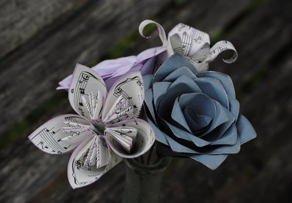 Свадьба - Sheet Music Bouquet. Lavender & Grey. Or CHOOSE YOUR COLORS. Musician Gift, Anniversary, Birthday, Centerpiece, Bridal Bouquet