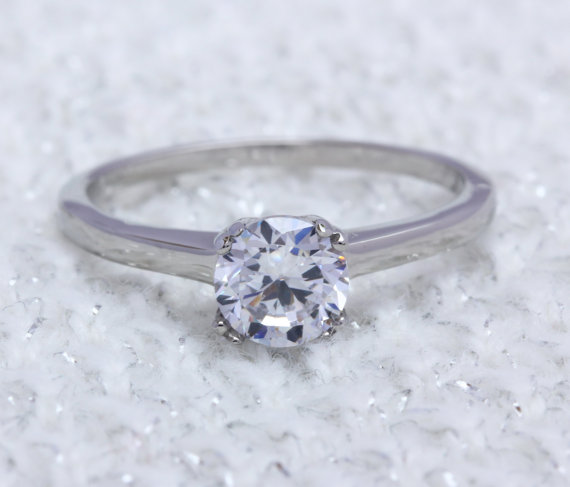 Mariage - 1ct Lab Diamond solitaire ring in Titanium or White Gold - engagement ring - wedding ring - handmade ring