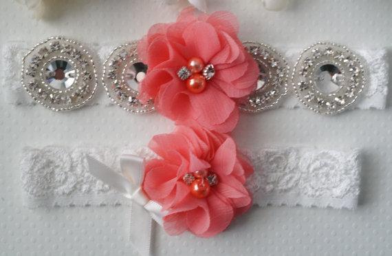 Свадьба - Wedding Garter Set, Bridal Garter, Coral Wedding Garter, Off White Lace Garter - Style L233