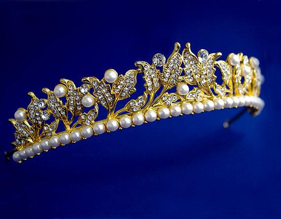 Mariage - Art deco leaf tiara , Sparkling Swarovski& pearl tiara, Victorian style wedding headband, Pearl tiara, Floral crown, Leaf tiara, Silver,Gold