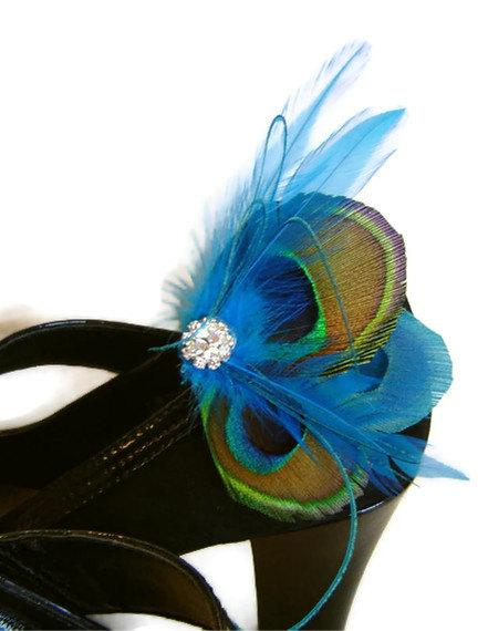 Hochzeit - Something Blue Peacock Feather  Shoe Clips with Rhinestones  Wedding Party Bridesmaid