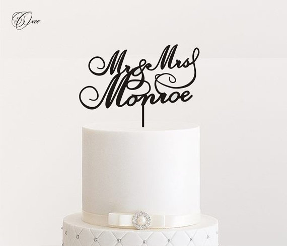Custom Name Mr And Mrs Wedding Cake Topper By Oxee Personalized Cake Toppers 2330035