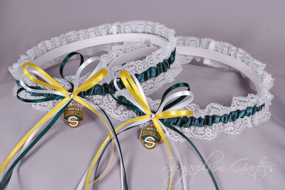 Свадьба - Seattle SuperSonics Lace Wedding Garter Set