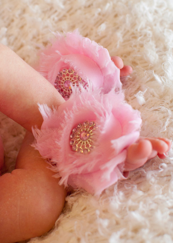 Mariage - Barefoot Baby Sandals Toe Blooms with Pink Boutique Flowers and Beautiful Swavorski Bling Centers Free Shipping On All Additional Items