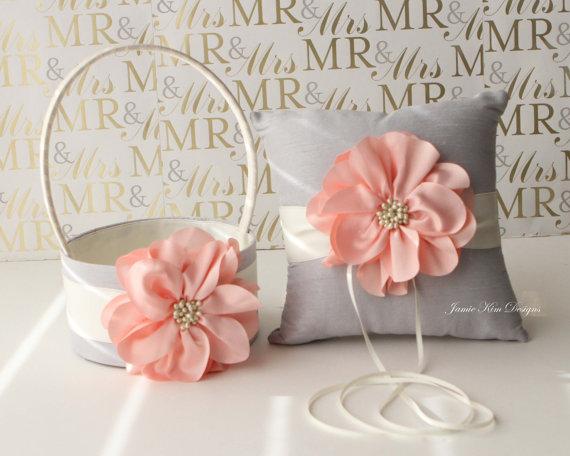 Hochzeit - Ring Bearer Pillow & Flower Girl Basket- (Custom Made to Order)