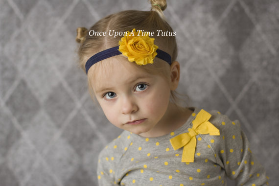 Mariage - Navy and Yellow Shabby Flower Headband - Nautical Photo Prop - Newborn Infant Hairbow - Baby Child Girls Hair Bow - Summer Wedding Colors