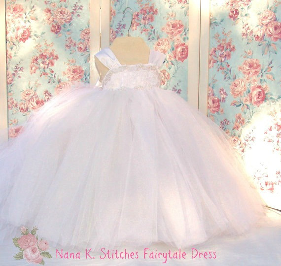 Mariage - Fairytale Dress: Toddler Lace Dress,Girls Tulle Dress, Special Occasion, Princess Dress, Lace & Tulle Flower Girl Dress, Pageant Dress