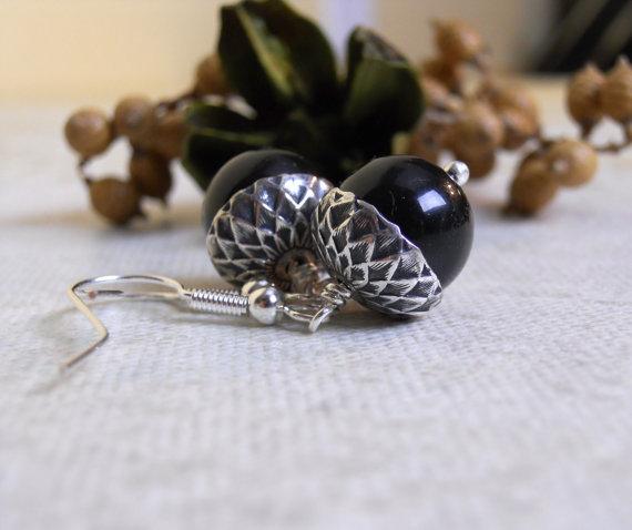 Mariage - Acorn Drop Earrings, Black pearls, Silver acorn, Dangle, Cluster, Hoop, Wedding, Bridal, Jewelry, Gift