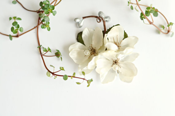 زفاف - Ivory flower clip, wedding hair clip, bridal headpiece, ivory floral hair pin, wedding hair accessory