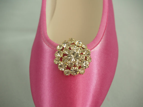 Mariage - FLAT Wedding SHOES, 200 COLORS, Hot Pink, Gold or Silver Crystals Brooch