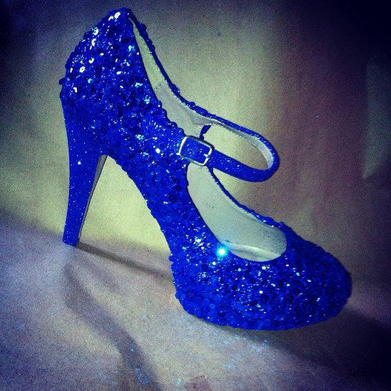 Mariage - Something blue wedding shoes for the bride or bridesmaids.  Any color/style. Blue heels
