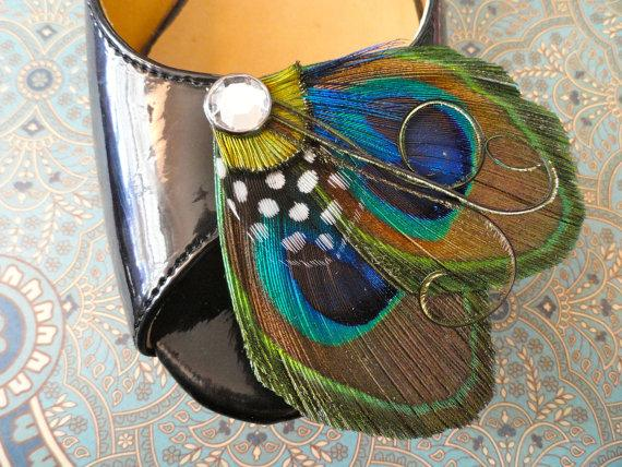 Свадьба - ARIA Peacock Feather and Polka Dot Shoe Clips