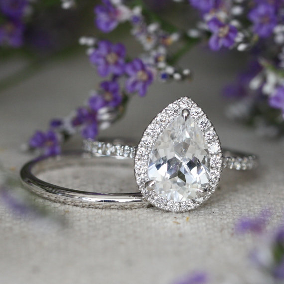 زفاف - Pear Engagement Ring and Matching Wedding Band in 14k White Gold Halo Diamond 10x7mm White Topaz Gemstone Ring Half Eternity Band