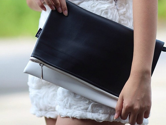 Mariage - Black & White Faux Leather Foldover Clutch Wristlet Cross Body Bag Shoulder Handbag for Wedding Party