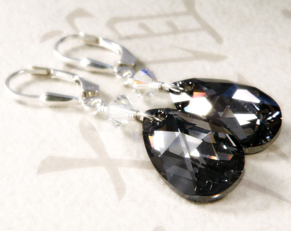 Свадьба - Black Crystal Earrings, Teardrop Swarovski, Sterling Silver, Bridesmaid Wedding Bridal Party Handmade Jewelry, Fall Fashion, Ready to Ship