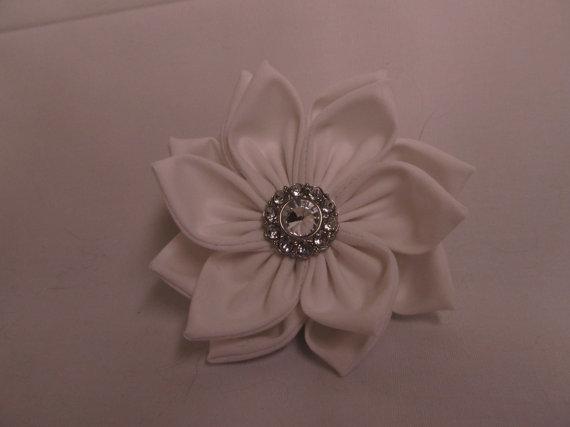 Свадьба - Dog Collar Flower - Pure White Wedding Flower - Dog collar Flower or Accessory