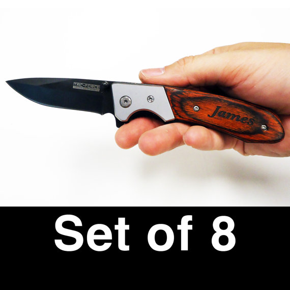 Mariage - Groomsmen Gifts, Wedding, Groom, Set of 8 Custom Personalized Engraved Pocket Knives, Engraved Knife item 6947