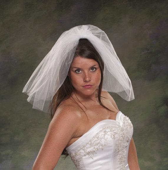 Bridal Veils Shoulder Length Short 2 Tier Plain Cut Wedding Blusher Veil 18 Tulle Flyaway Ivory White Diamond