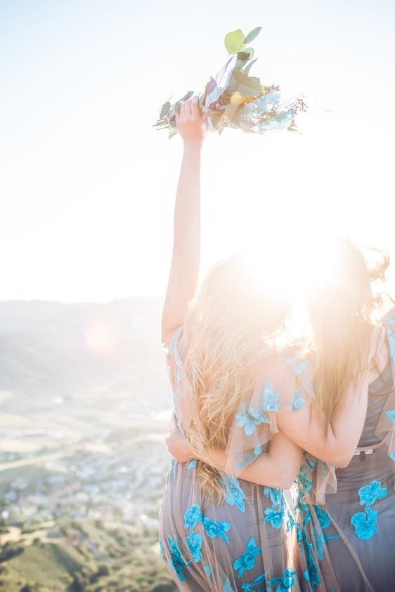 Свадьба - Sunrise Inspired Elopement At Bishop's Peak