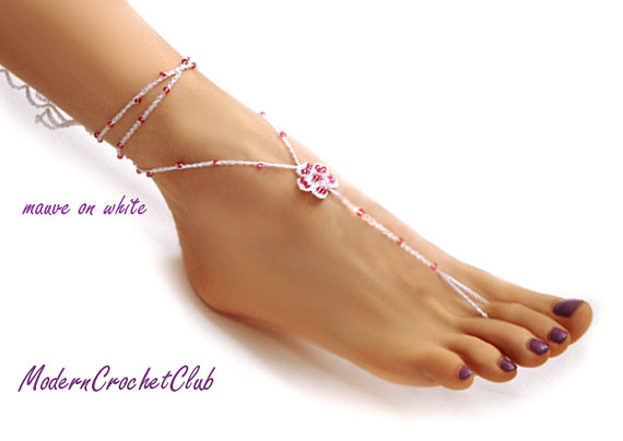 Mariage - PRECIOUS FLOWER Barefoot Sandals, wedding accessory, yoga, anklet, beach and pool party, nude shoes, other beads COLORS available
