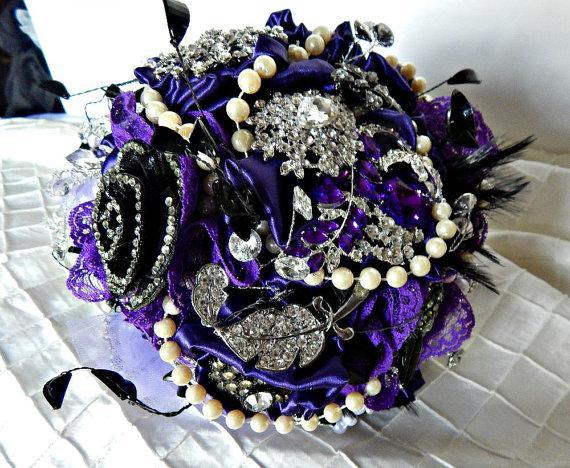 Mariage - Brooch Bouquet wedding bouquet  in purple and black bridal bouquet, bridal wedding brooch bouquet