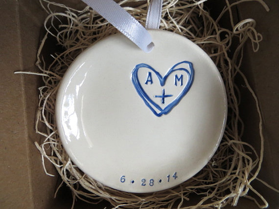 Mariage - ring holder, wedding ring dish,  MR and MRS gift,  Royal Blue and White,  Gift Boxed, Made to Order
