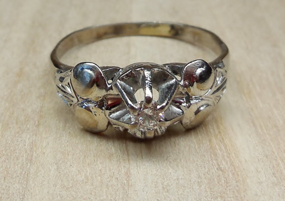 Mariage - Vintage Antique .16ct G VS Diamond White Gold Engagement Ring 1930-1940 Art Deco WWII