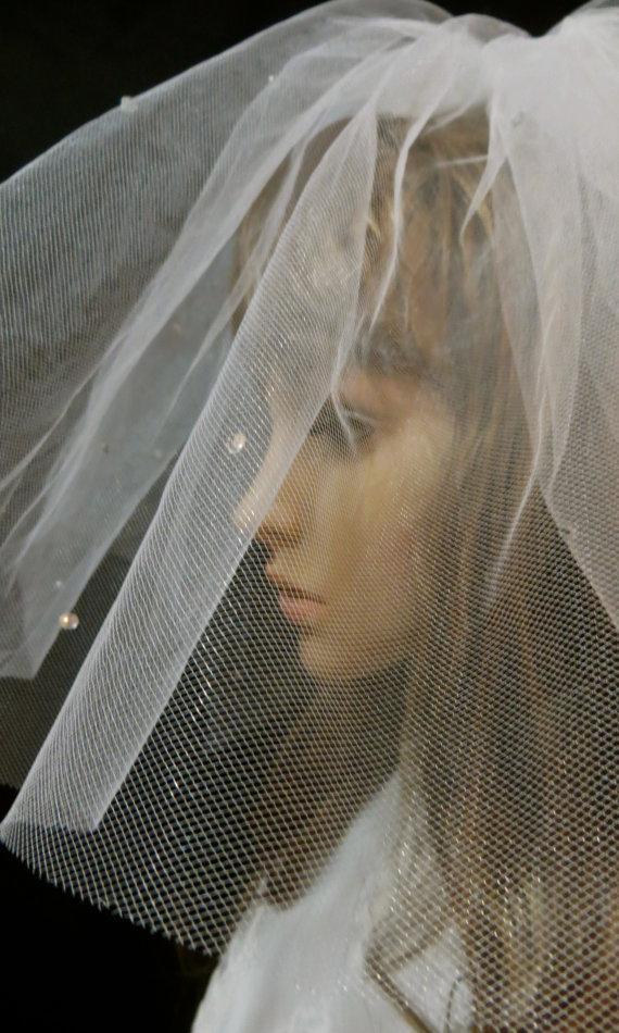 Wedding - Fingertip Length Veil, Fingertip Bridal Veil, Fingertip Wedding Veil, Fingertip White Veil, Tulle Wedding Veil, Tulle Bridal Veil