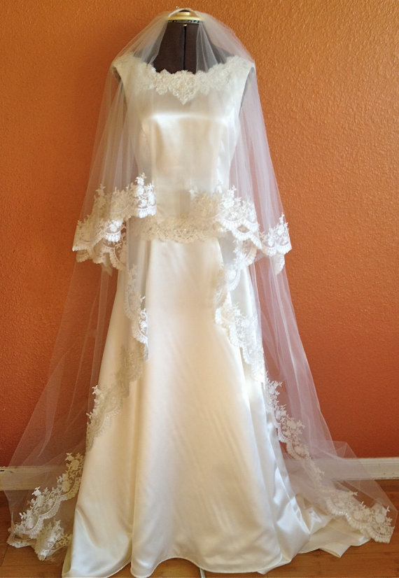 Mariage - Cathedral Lace Veil in two tier, classic look with blusher, drop style,   accept custom orders
