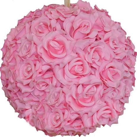 "Свадьба - Lot of 10 Pink Kissing Balls Faux Pink 8"" Rose Balls Hanging Kissing Balls Rose Kissing Balls Pink Pomander Balls"