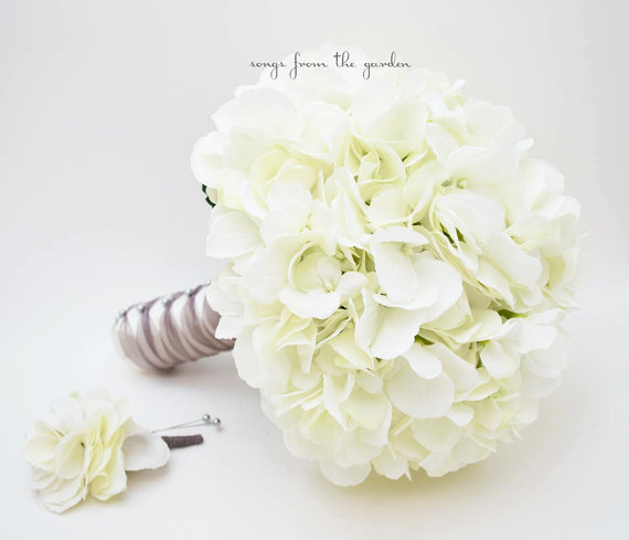 زفاف - Wedding Bouquet White Silk Hydrangea Groom's Boutonniere - Silk Flower Bridal Bouquet - Choose Your Custom Color Silk Flower Hydrangea