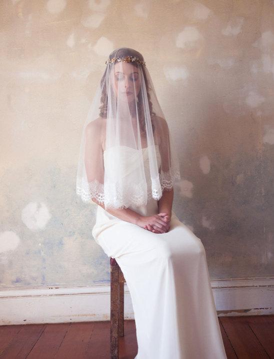 Mariage - Lace Blusher Veil, Lace Edge Veil, Light Ivory Mantilla Veil, Eyelash Lace Edge Veil, Wedding Veil, Bridal Veil, Lace Veil in Light Ivory