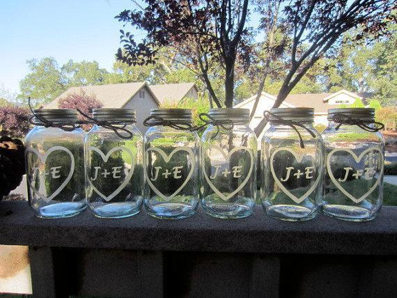 Mariage - 14 Etched Mason Jars -14 Wedding Mason Jar Center Pieces