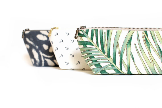 Mariage - Tropical print clutch, Personalized bridesmaids gifts, Zippered clutch, Palm Leaf Print, Summer Wedding, Makeup bag, Travel Pouch, Wallet