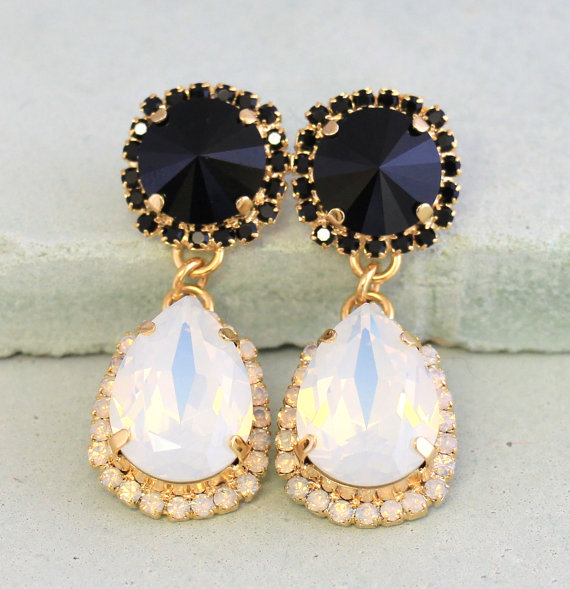 Boda - Black White Chandelier Earrings,Black White Opal Statement Earrings, Swarovski Black White Chandelier Earrings,Black White Crystal Earrings